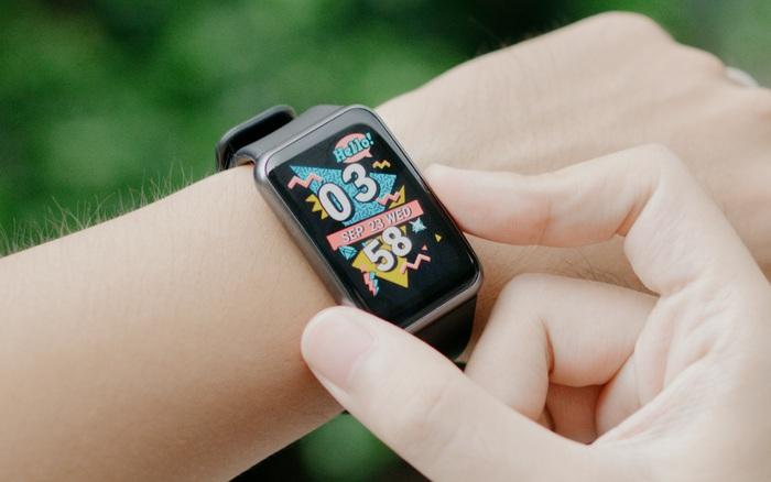 Trên tay Huawei Watch Fit: Smartwatch giá rẻ có đo nồng độ oxy trong máu