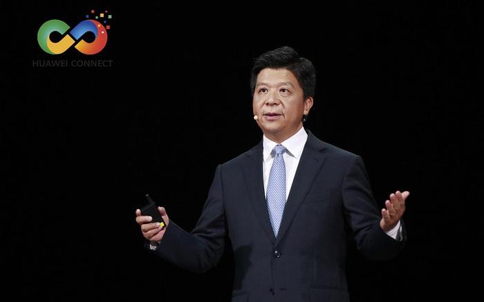 Mục tiêu của Huawei là 'sống sót' dưới áp lực của Mỹ