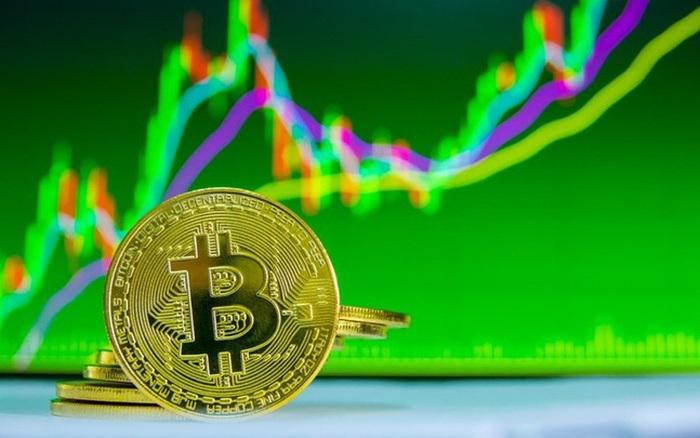 Bitcoin tăng bùng nổ, lần đầu tiên vượt mốc 50.000 USD