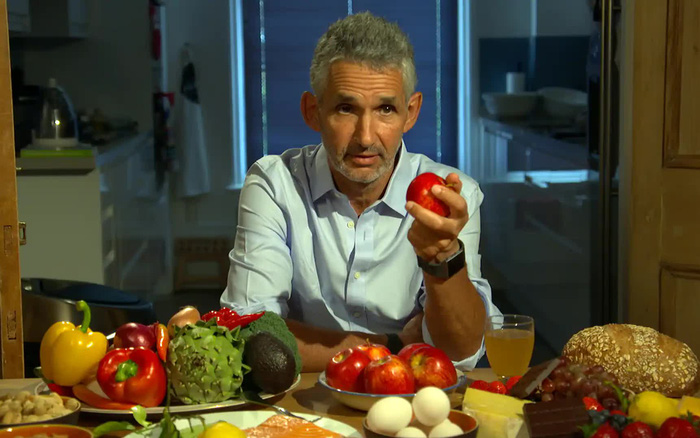 Giáo sư Anh chỉ ra những quan niệm sai lầm về thực phẩm mà ta vẫn