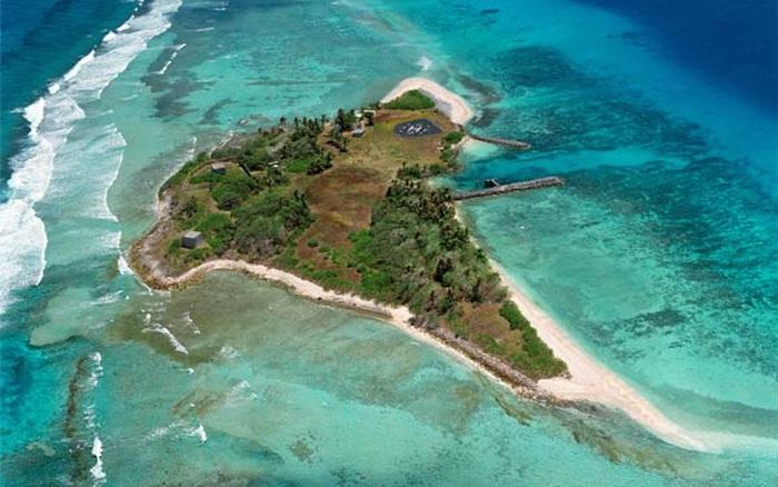 Elon Musk từng để các kỹ sư tên lửa của mình sống trên một hòn đảo không có thức ăn
