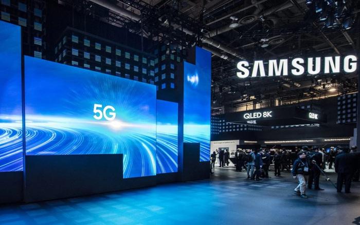 Vừa thấy đối thủ tuyên bố rời khỏi thị trường điện thoại, Samsung đã nhăm nhe mua lại các bằng sáng chế 5G của LG