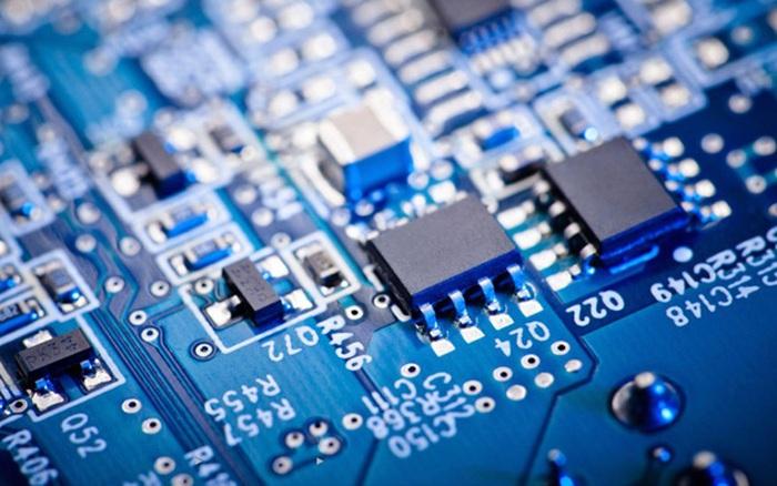 Đang dùng chip Intel, tại sao cả Microsoft, Amazon và Google