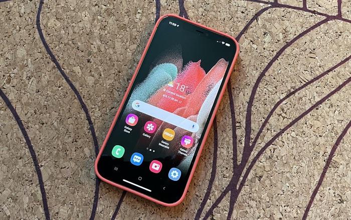 Samsung ra mắt ứng dụng cho phép bạn trải nghiệm giao diện của smartphone Galaxy ngay trên iPhone