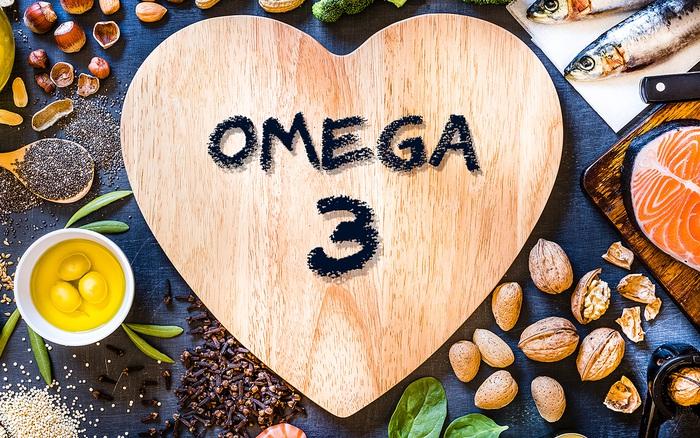 Omega-3, vitamin C, D hay kẽm có thể giúp bạn giảm nguy cơ mắc COVID-19?
