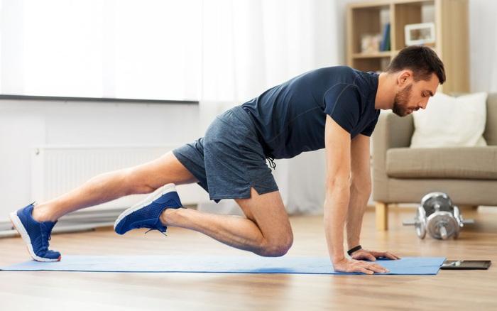 Không có nổi 10 phút tập thể dục/tuần đặt bạn vào nguy cơ gấp đôi nhiễm COVID-19 nặng và tử vong
