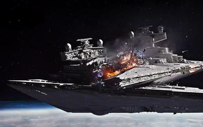 Khi hai con tàu vũ trụ va chạm trong không gian, liệu nó có thực sự phát nổ thành một quả cầu lửa khổng lồ không?