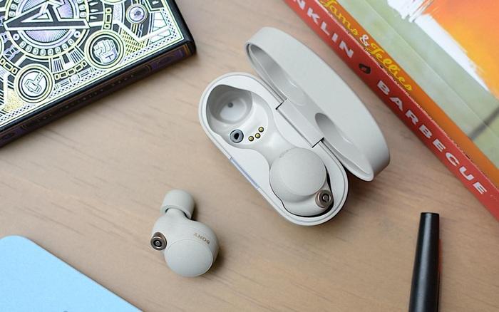 Sony ra mắt tai nghe cao cấp WF-1000XM4: Chống ồn, có LDAC, pin 8 tiếng và chống nước IPX4, giá 279,99 USD