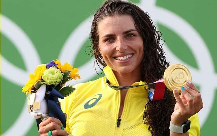 Nữ vận động viên giành huy chương Olympic nhờ tìm ra công dụng mới của bao cao su