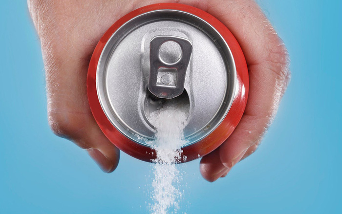 Nếu không muốn mắc ung thư đại trực tràng trước năm 40 tuổi, hãy giảm uống nước ngọt có đường
