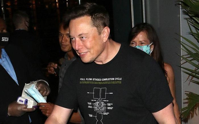 Elon Musk vừa xô đổ Mark Zuckerberg, trở thành người giàu thứ 3 thế giới ở tuổi 49